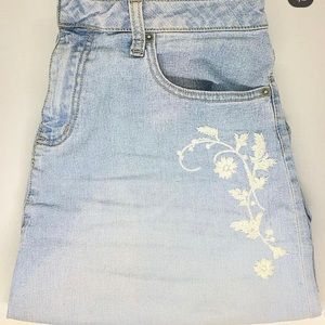 Denim midi Jessica skirt with floral embroidery